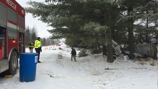 One dead in Clark County plane crash