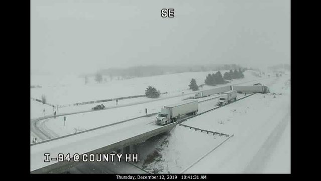UPDATE: All lanes are open following multiple crashes on I-94 near Eau Claire